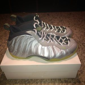 7126354917 Nike Shoes | Air Foamposite One Camo Volt 115 | Poshmark